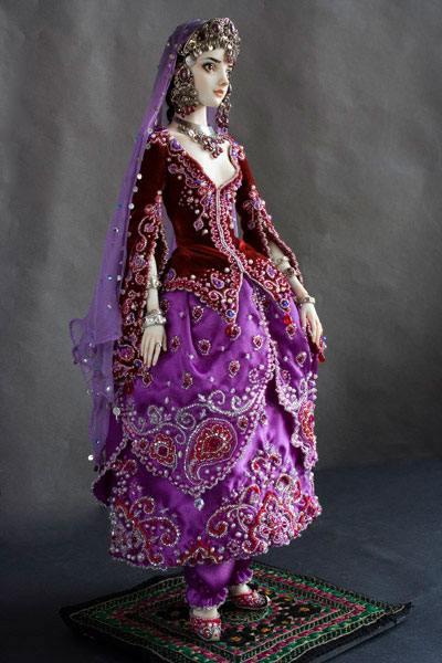 фарфоровая кукла шарнирная кукла ювилирнное украшение драгоценные камни биссер