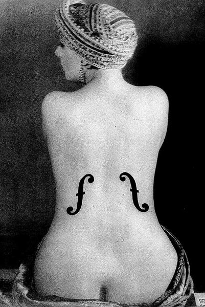 спина женщина виолончель